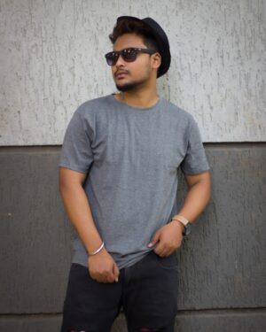 Plain Grey Unisex T-Shirt